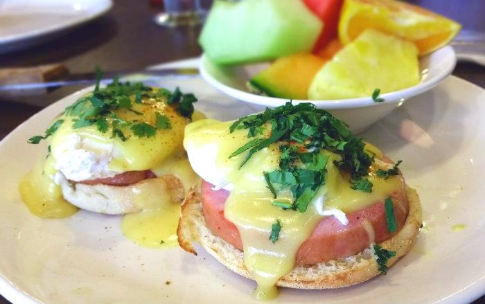 Broken-Yolk-Cafe-Eggs-Benedict