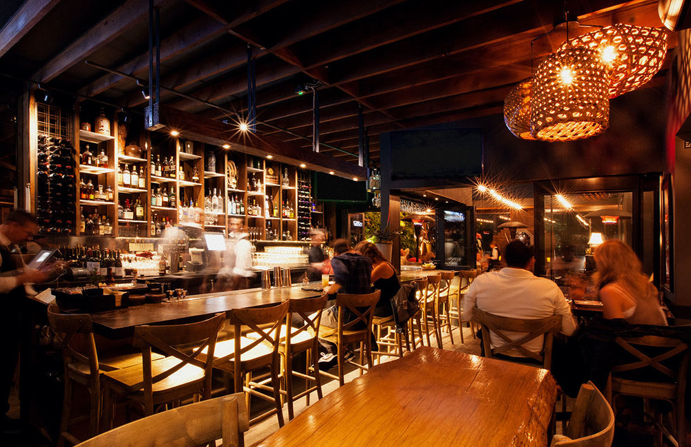 4 Great PB Restaurants With Air Conditioning